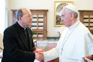 Don Silvio Sassi con Papa Francesco.